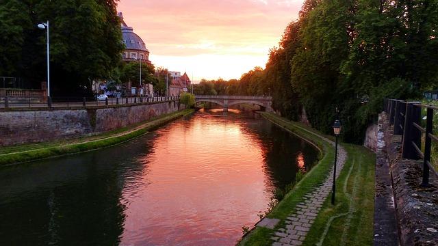 Страсбург,  моя любовь — на частном самолете в море нежности